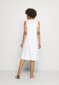 Marks & Spencer London - NIGHTDRESS - Nightie - white - 2