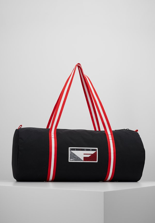 HERITAGE - Urheilukassi - black/university red/white