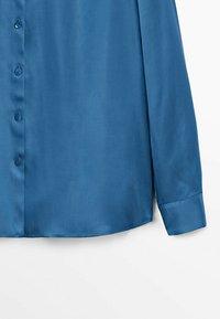 Massimo Dutti - FLIESSENDES  - Shirt - blue - 3