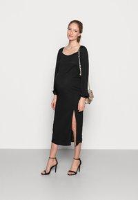 Missguided Maternity - MILKMAID MIDAXI DRESS - Žerzejové šaty - black - 1