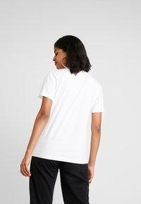 NEW girl ORDER - MANIFESTO - T-shirts print - white - 2