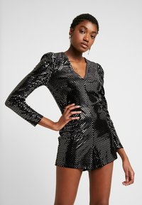 Miss Selfridge - SQUARE SEQUIN PLAYSUIT - Overal - black - 0