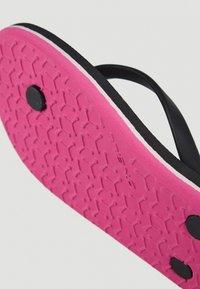 O'Neill - MOYA  - T-bar sandals - black with purple - 8