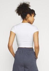 Weekday - SABRA2 PACK - Jednoduché triko - white/blue - 2