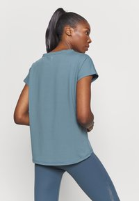 ONLY Play - ONPAUBREE - Sports shirt - goblin blue - 3