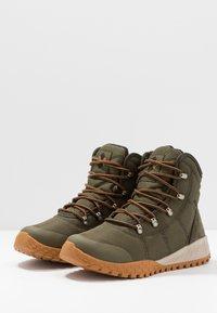 Columbia - FAIRBANKS OMNI-HEAT - Winter boots - nori/canyon gold - 2