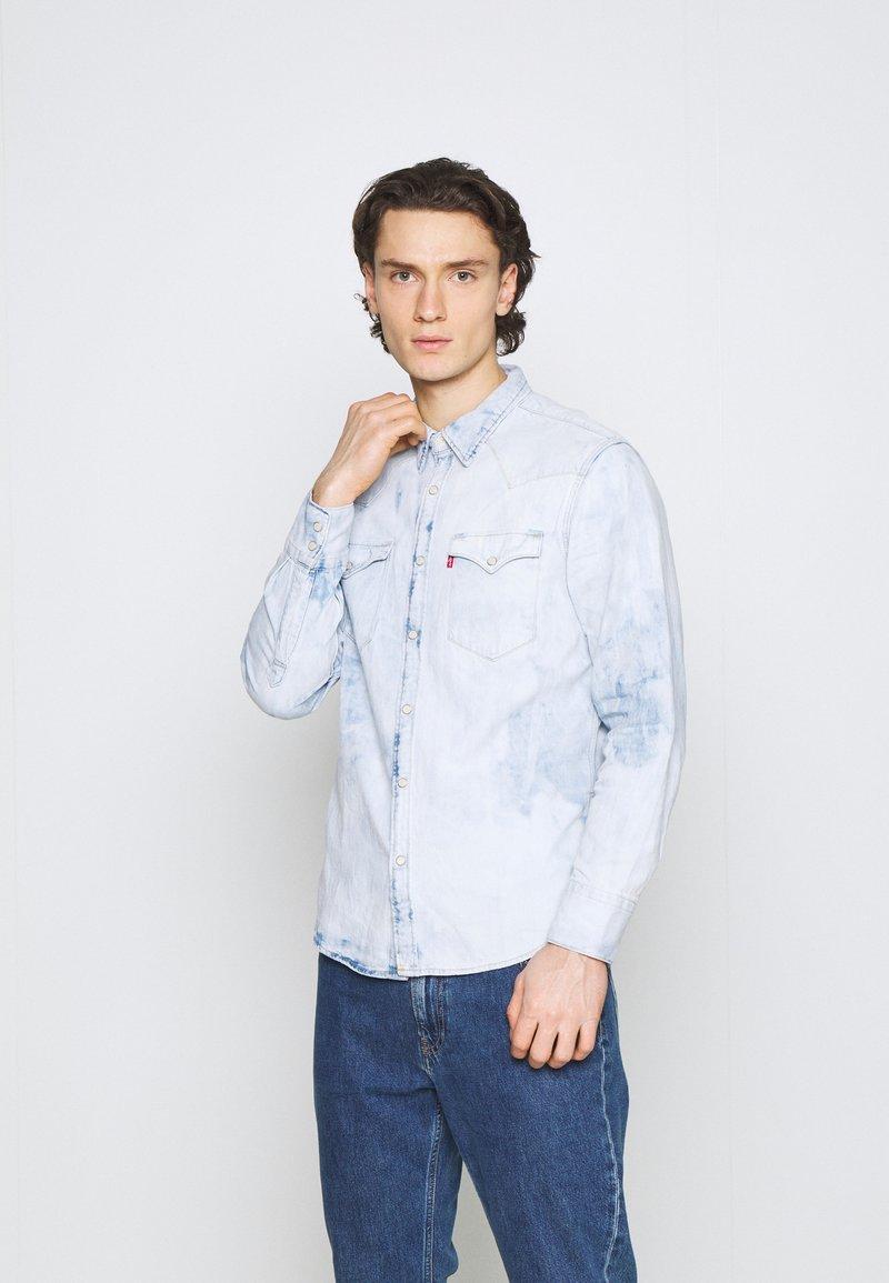 Levi's® - BARSTOW WESTERN STANDARD - Overhemd - med indigo