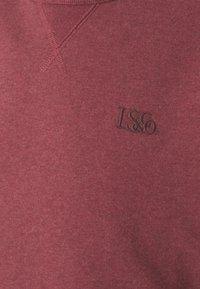 Levi's® - PREMIUM HEAVYWEIGHT CREW - Sweatshirt - biking red heather - 6