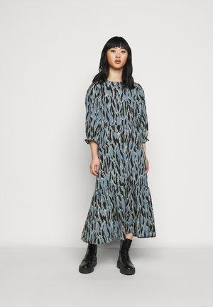 FRILL TIER MIDI - Denní šaty - light blue