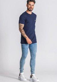 Gianni Kavanagh - T-shirt basique - navy blue - 1