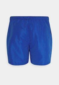 Jack & Jones - JJIBALI JJSWIMSHORTS SOLID  - Swimming shorts - surf the web - 1