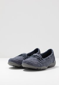 Skechers Wide Fit - SYNERGY 3.0 - Trainers - navy - 4