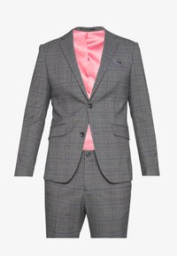 CHECKED SUIT - Suit - grey
