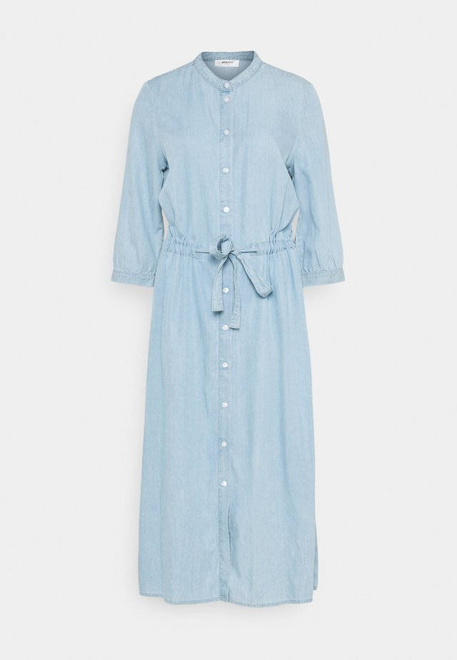 JAINA 3/4 DRESS - Robe en jean - light blue wash