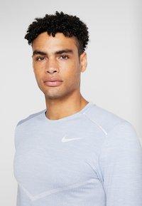Nike Performance - ULTRA - Funktionsshirt - indigo fog/football grey - 3