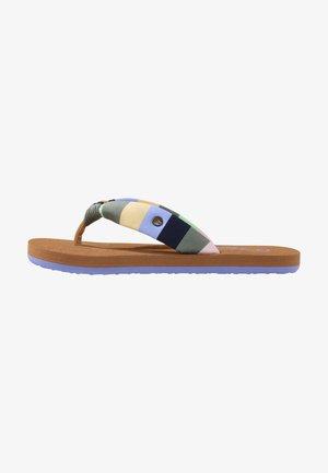 Pool shoes - groen zwart aop