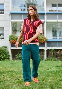 Dickies - REWORKED UTILITY PANT - Cargo trousers - ponderosa pine - 1