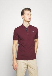 Pier One - Polo shirt - bordeaux - 0