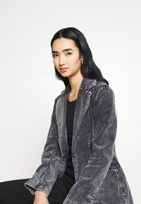 Weekday - RINA BLAZER - Blazer - washed black - 4