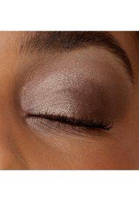 IsaDora - EYESHADOW QUARTET - Eyeshadow palette - cappuccino - 3