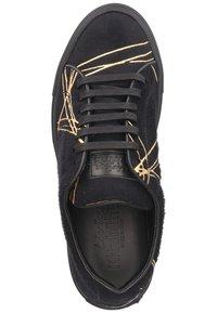Living Kitzbühel - Sneakers laag - schwarz/gold - 1
