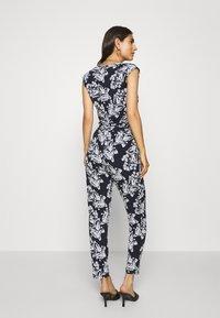 comma - OVERALL - Jumpsuit - dark blue/white - 2