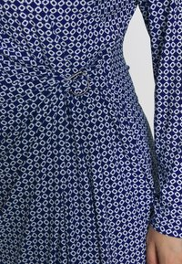 Lauren Ralph Lauren Woman - CASONDRA LONG SLEEVE DAY DRESS - Shift dress - parisian blue/colonial cream - 5