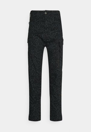 ROXIC STRAIGHT TAPERED PANT - Cargobyxor - forest
