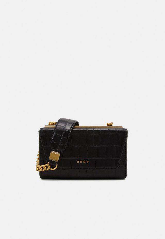 COOPER BOX CROSSBODY - Across body bag - black/gold-coloured