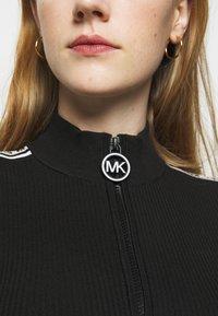 MICHAEL Michael Kors - HALF ZIP LOGO TAPE DRESS - Strickkleid - black - 5