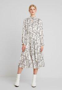 Love Copenhagen - ELLIE MIDI PARTY DRESS - Maxi dress - chalk - 0