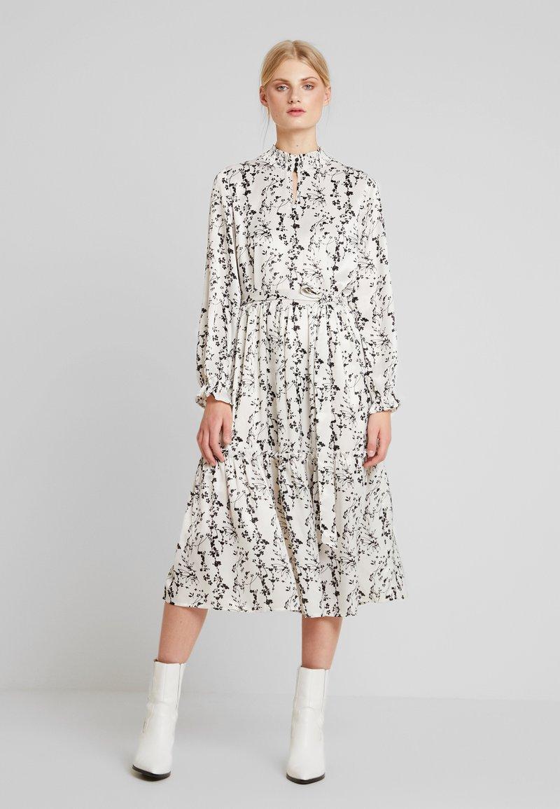 Love Copenhagen - ELLIE MIDI PARTY DRESS - Maxi dress - chalk
