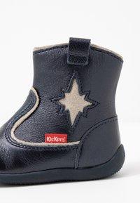 Kickers - BIBOOTS - Classic ankle boots - navy metallic - 2