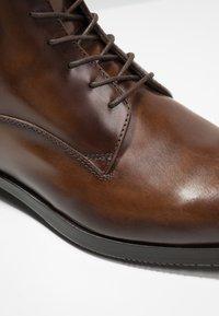 Giorgio 1958 - Šněrovací kotníkové boty - brown - 5