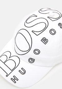 BOSS Kidswear - UNISEX - Cap - white - 3