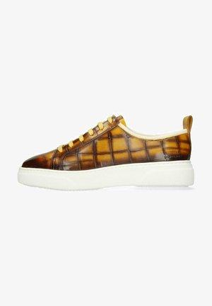 HARVEY VEGAS PERFO OXYGEN SHADE - Sneakers laag - brown