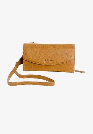 LIYANE PA - Across body bag - caramel