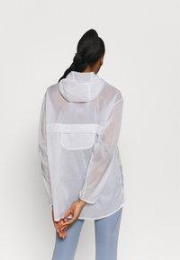Nike Performance - RUN  - Sports jacket - white/black - 2