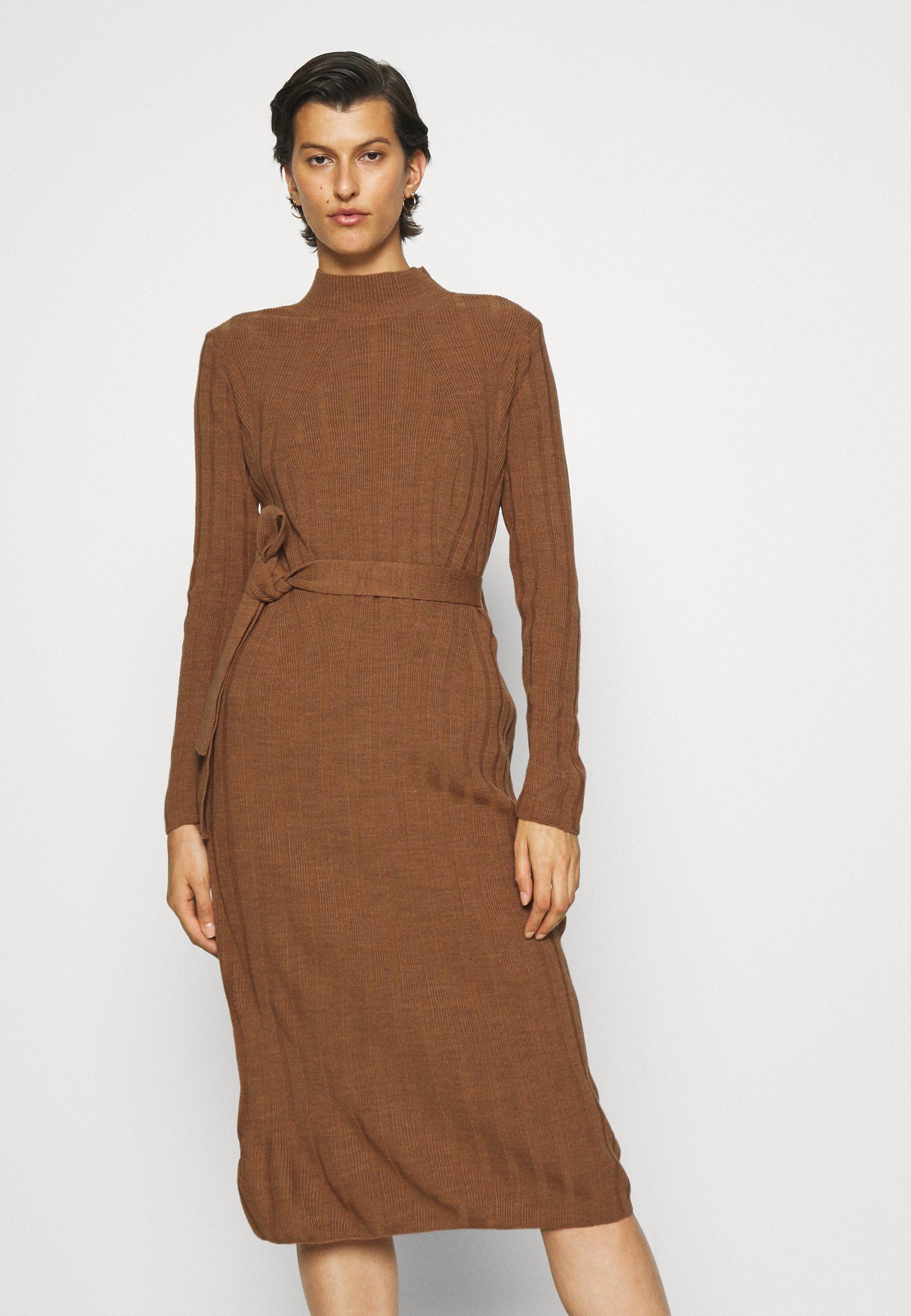 Femme ONLNEW TESSA O NECK DRESS - Robe pull