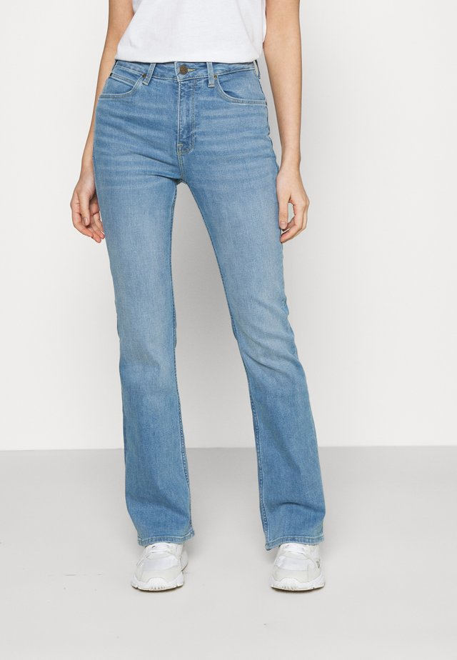 BREESE BOOT - Bootcut jeans - light lou