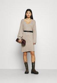 Zign - Strikket kjole - dark brown - 1