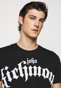 John Richmond - FONDULAC - T-shirt print - black - 3