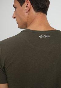 Key Largo - MILK - Basic T-shirt - olive - 3