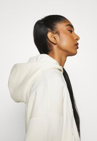 Nike Sportswear - TREND - veste en sweat zippée - coconut milk - 5
