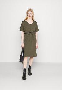 G-Star - ADJUSTABLE WAIST DRESS - Jersey dress - khaki - 1