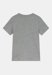 Champion - BASICS TEE 2 PACK UNISEX - T-Shirt basic - mottled grey - 1