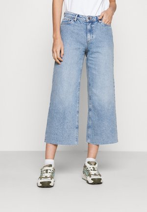 ONLSONNY LIFE - Jeans a zampa - light blue denim