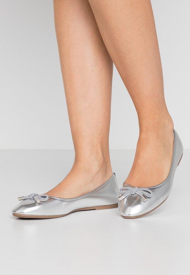 Klassischer  Ballerina - silver