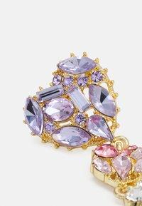 Pieces - PCLA EARRINGS - Øredobber - gold-coloured/purple/clear - 2