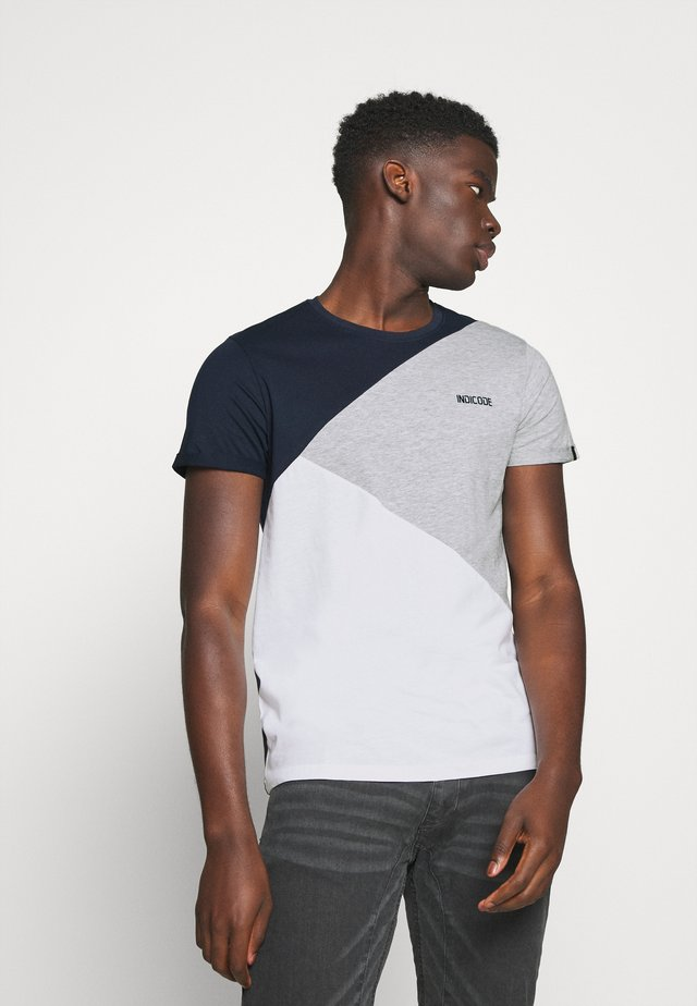 ECHARD - Camiseta estampada - optical white